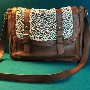 Madden Girl Crochet Crossbody Brown  messenger Bag
